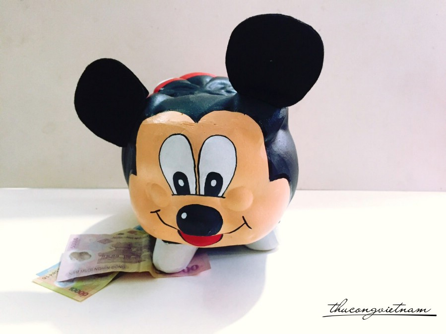 Heo đất Mickey Mouse